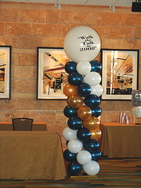 custom-topped-balloon-columns