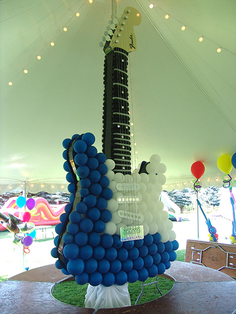 balloon guitar hero