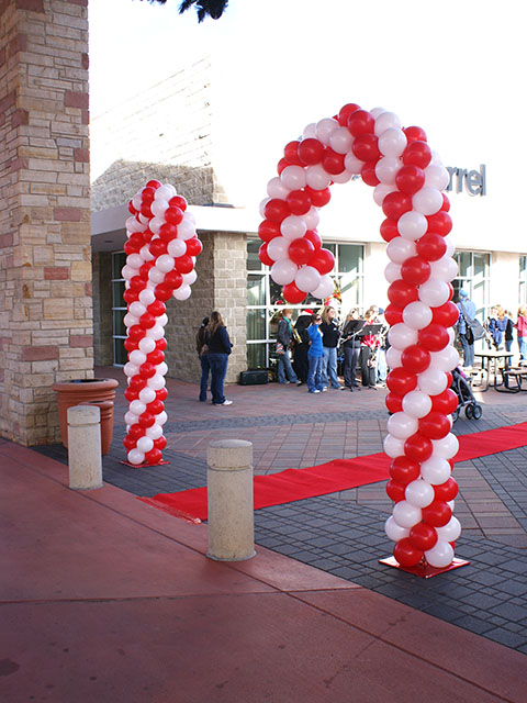 candy cane balloon sculptures